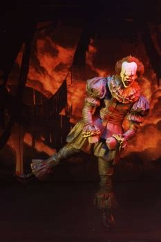 Ultimate Pennywise (Dancing Clown) Actionfigur, Stephen