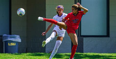 Ole Miss soccer falls to Auburn in extra time